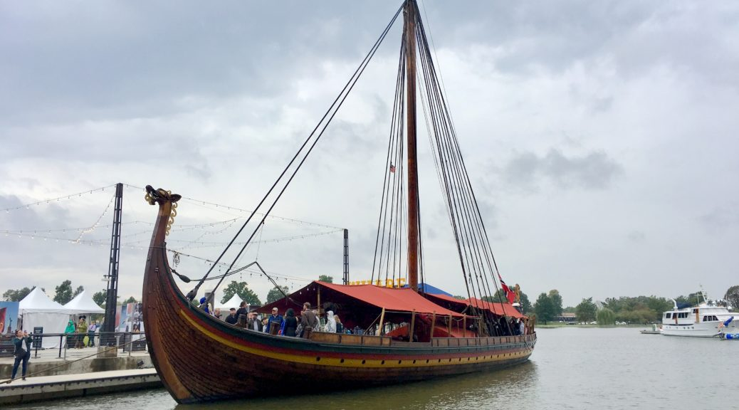 Draken Viking Ship