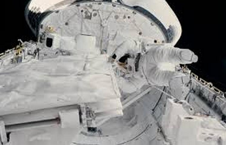 Astronaut Kathryn Sullivan during spacewalk, October, 1084.