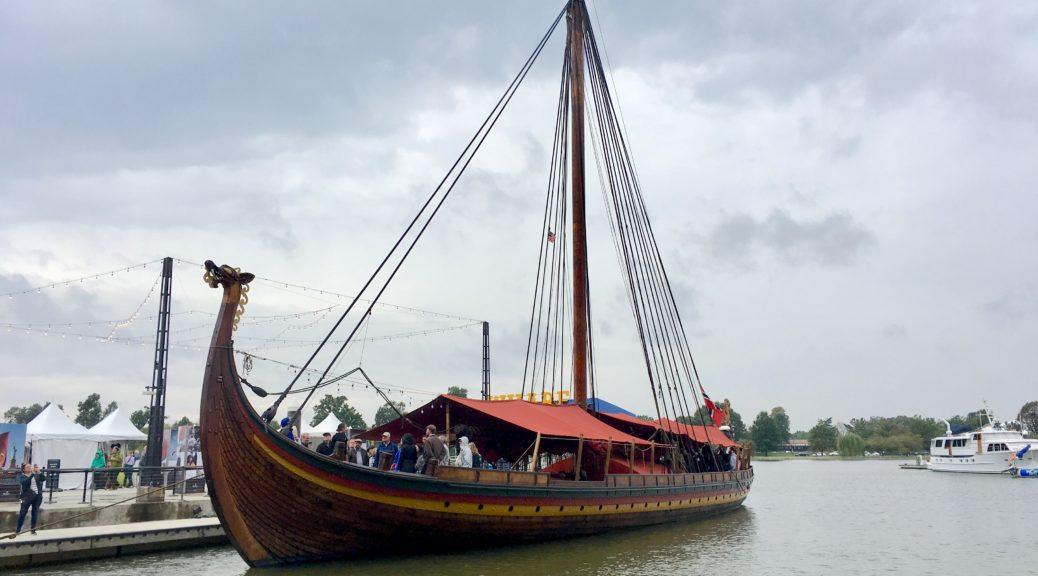 Draken Viking Ship